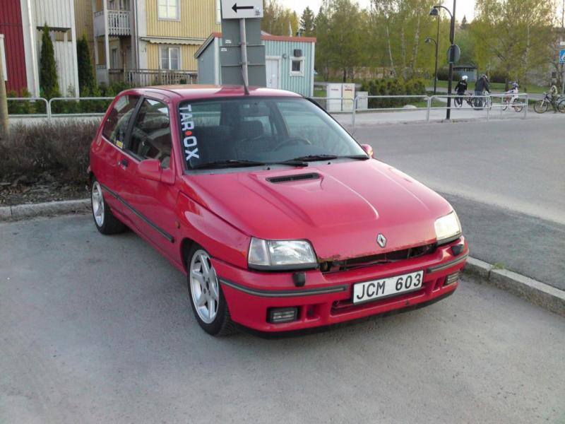 Renault clio 16v 91 for Garage renault evrecy 14