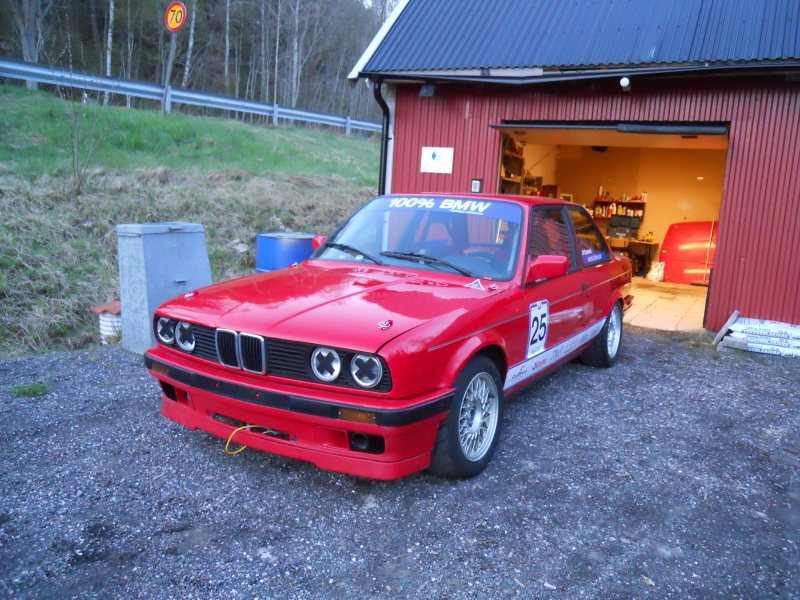 Bmw 328is 90 bmw bavaria cup 25 bromsmekar for Garage bmw bayern marignane